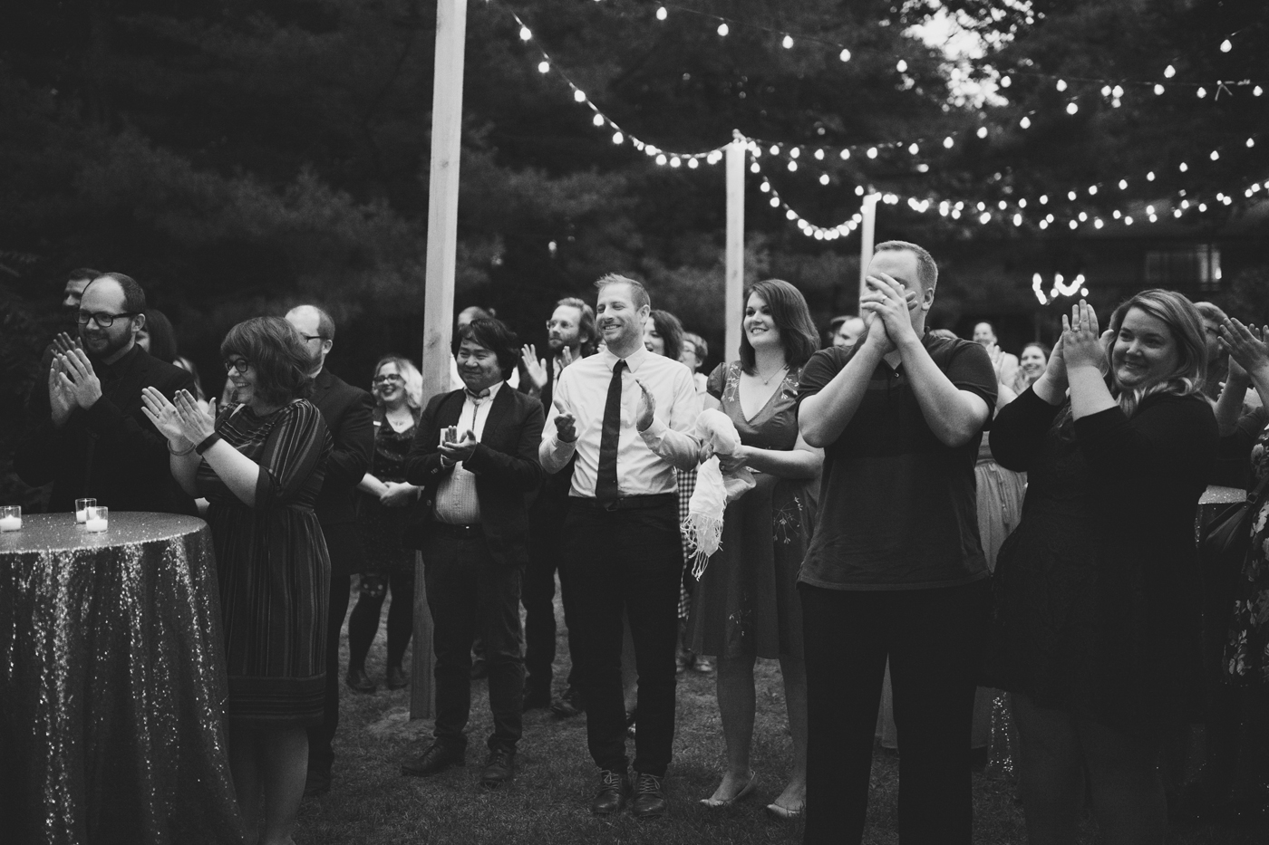 amandavanvels_backyardwedding_0801.jpg