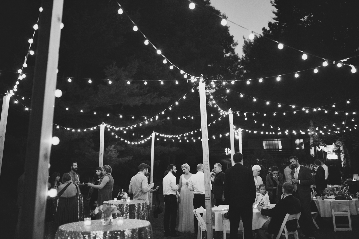 amandavanvels_backyardwedding_0831.jpg