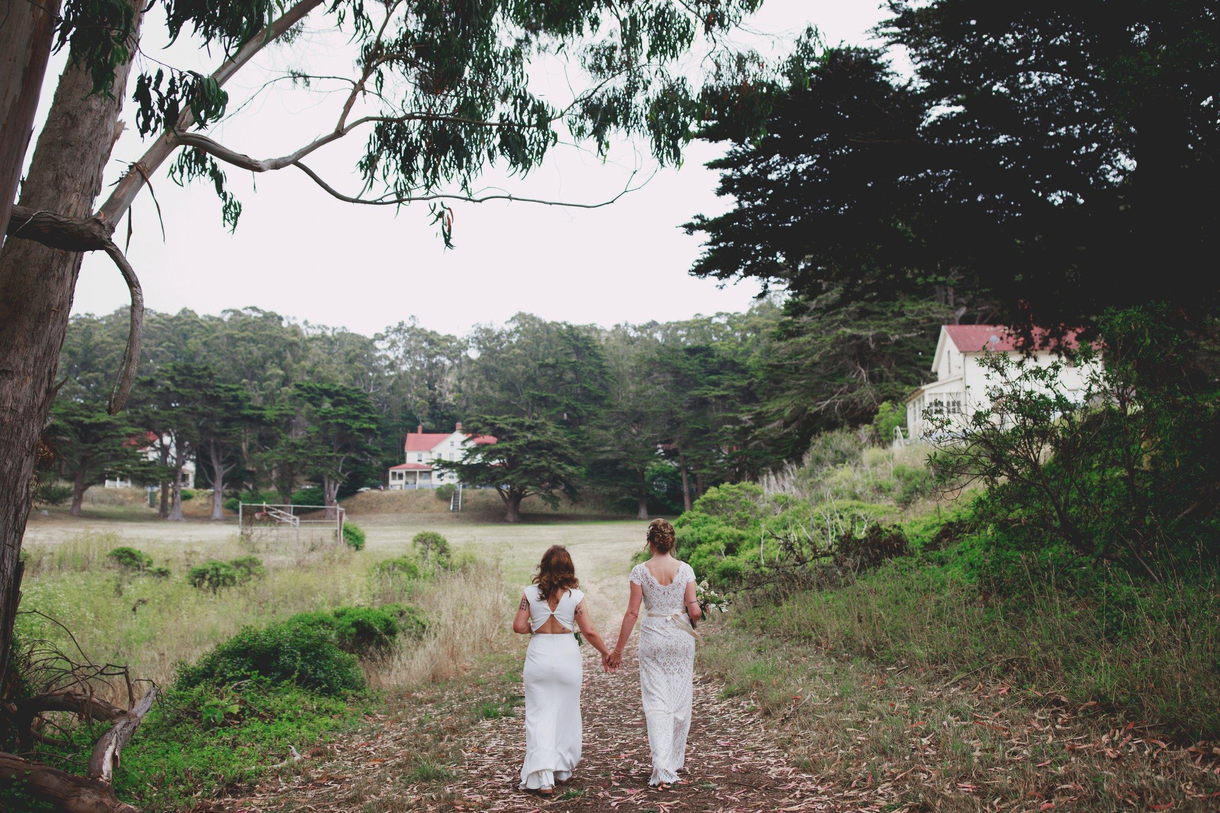 amandavanvels_headlands_center_wedding_san_francisco_057.jpg