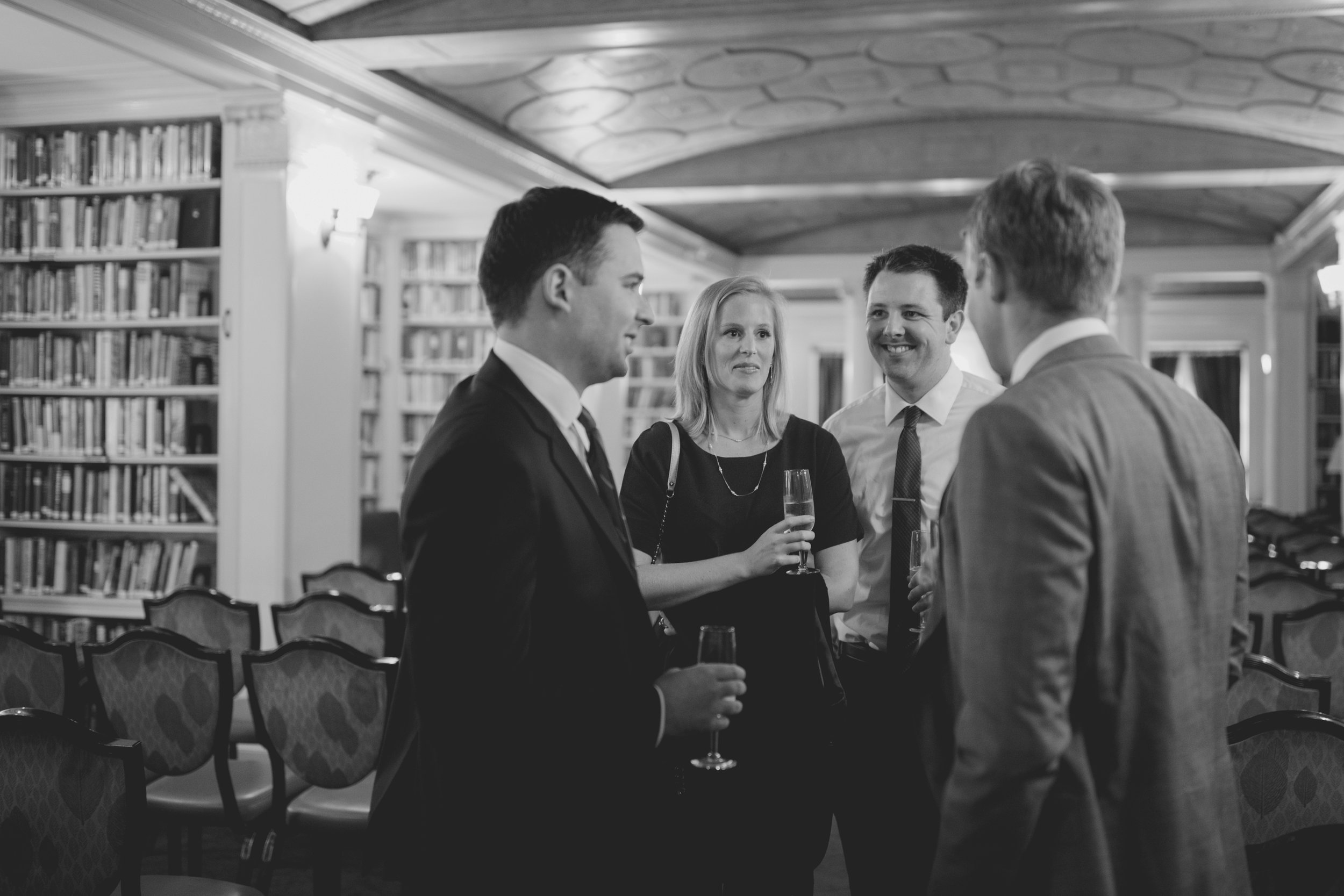 amanda_vanvels_new_york_lgbtq_gay_wedding_018.jpg