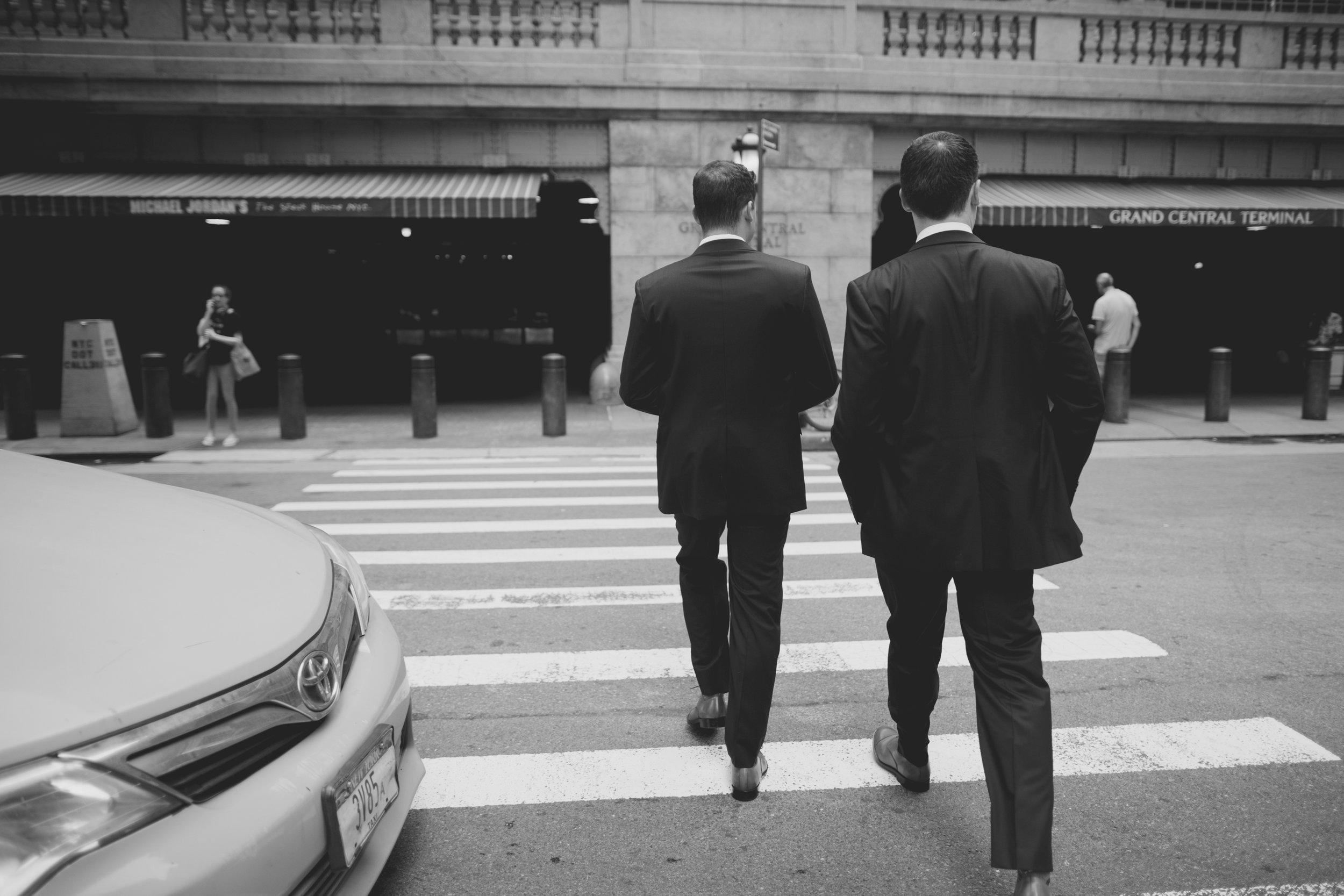 amanda_vanvels_new_york_lgbtq_gay_wedding_034.jpg