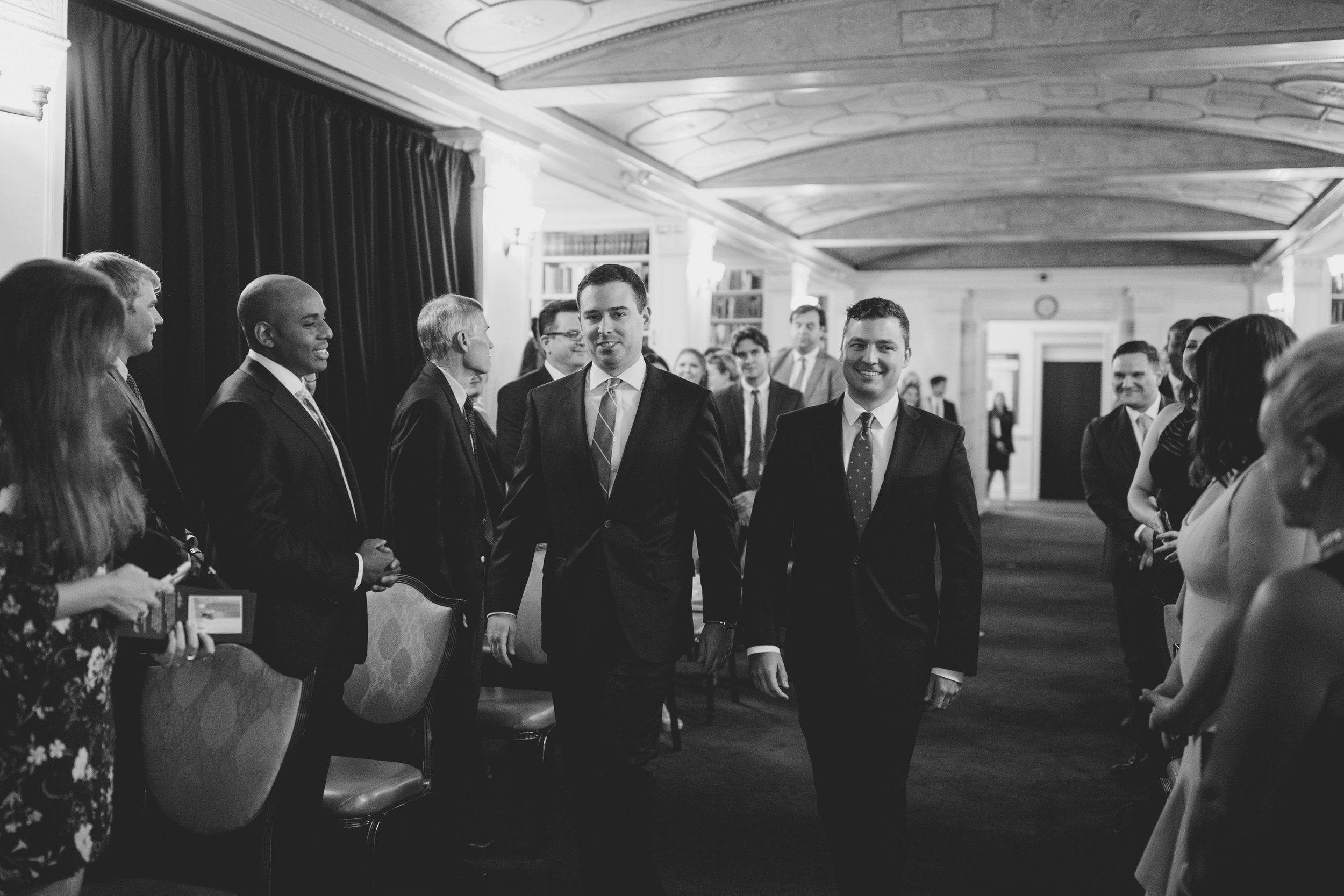 amanda_vanvels_new_york_lgbtq_gay_wedding_054.jpg