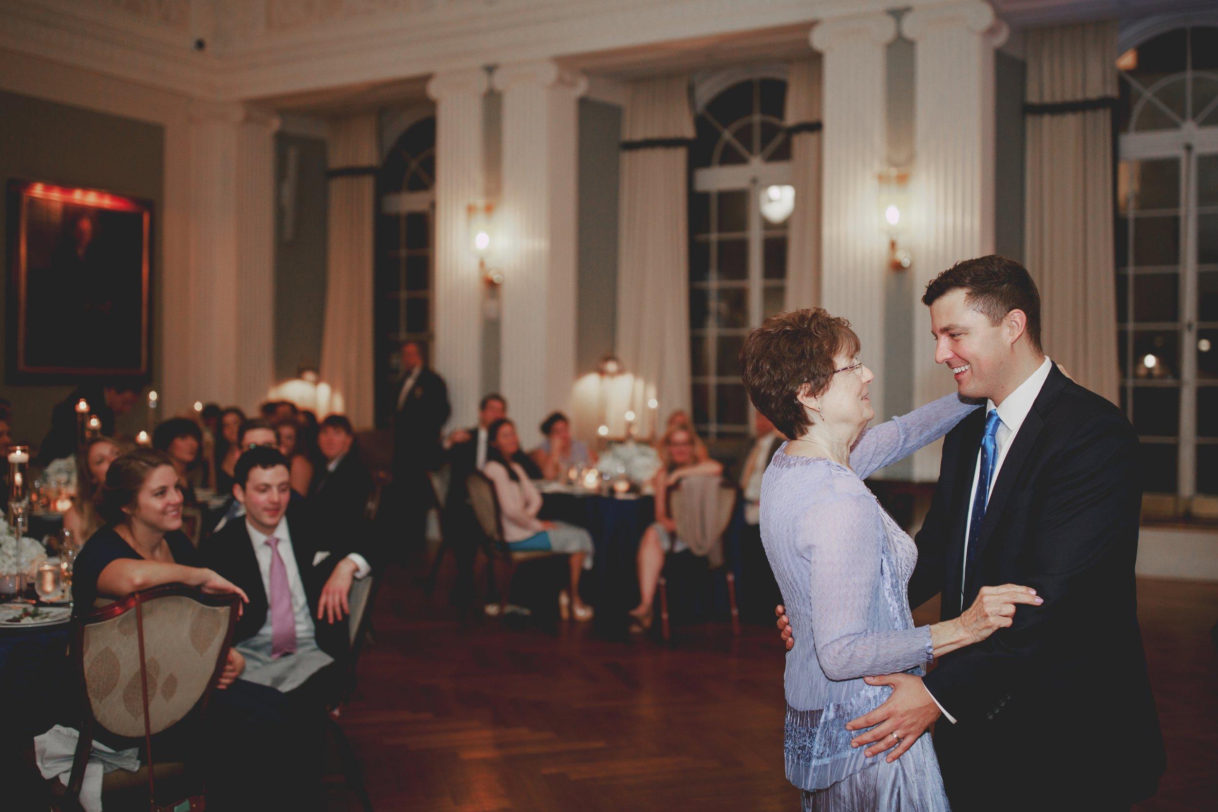 amanda_vanvels_new_york_lgbtq_gay_wedding_101.jpg