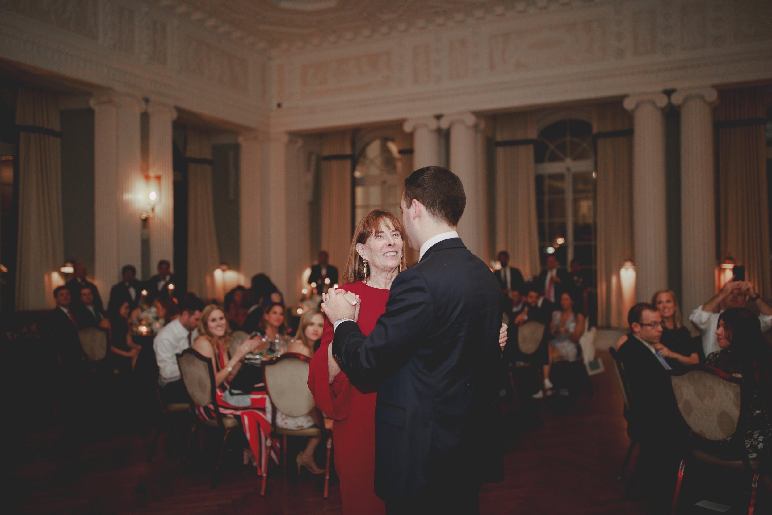 amanda_vanvels_new_york_lgbtq_gay_wedding_102.jpg
