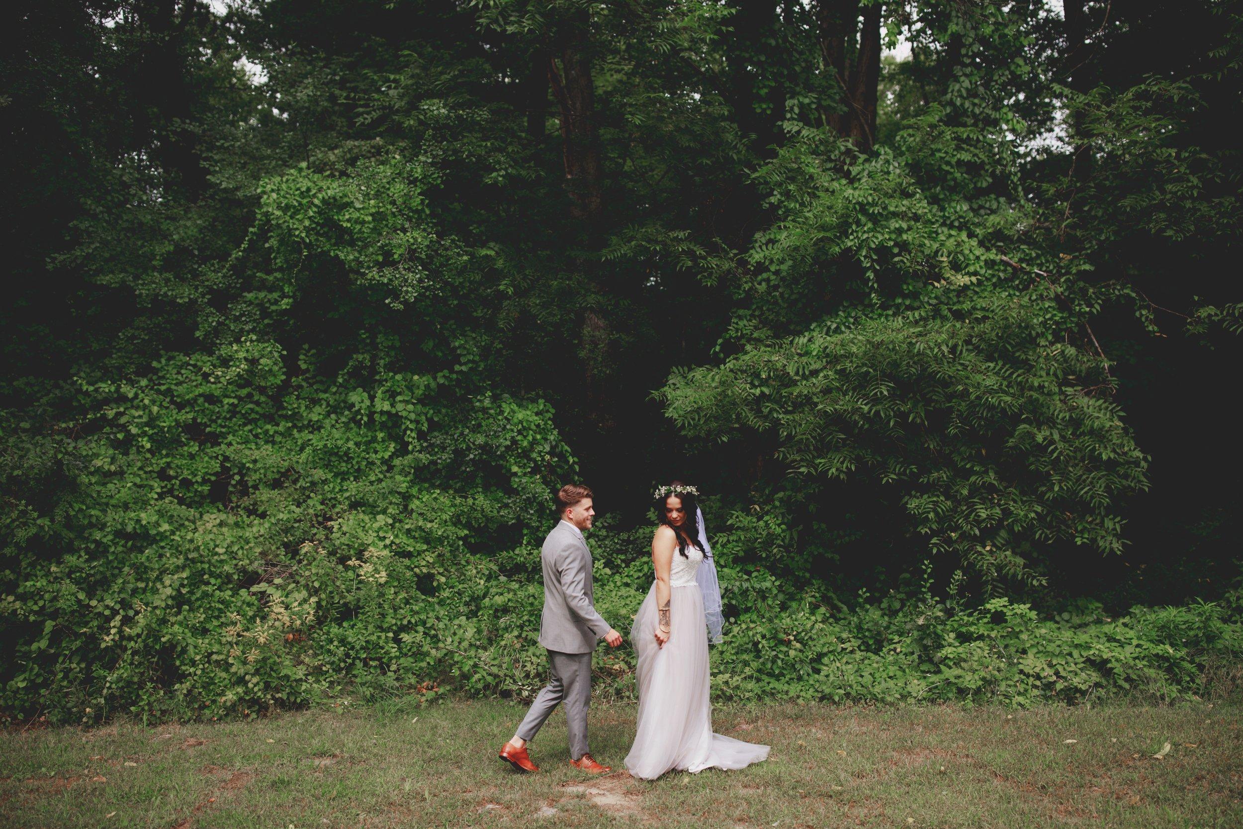amanda_vanvels_michigan_camp_wedding_024.jpg