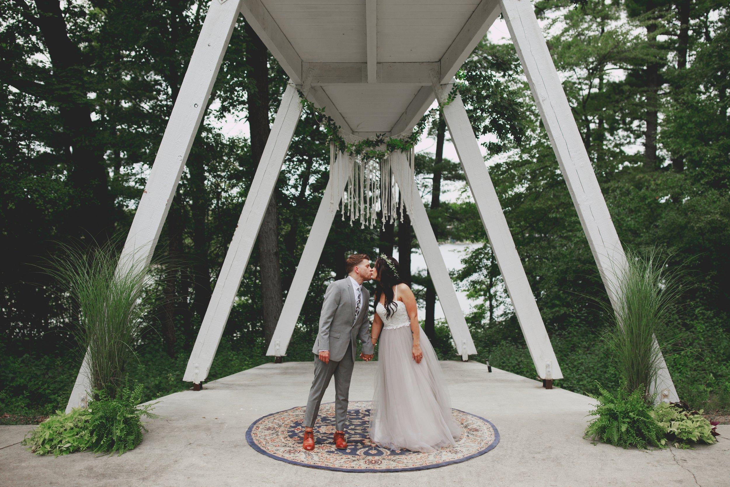 amanda_vanvels_michigan_camp_wedding_051.jpg