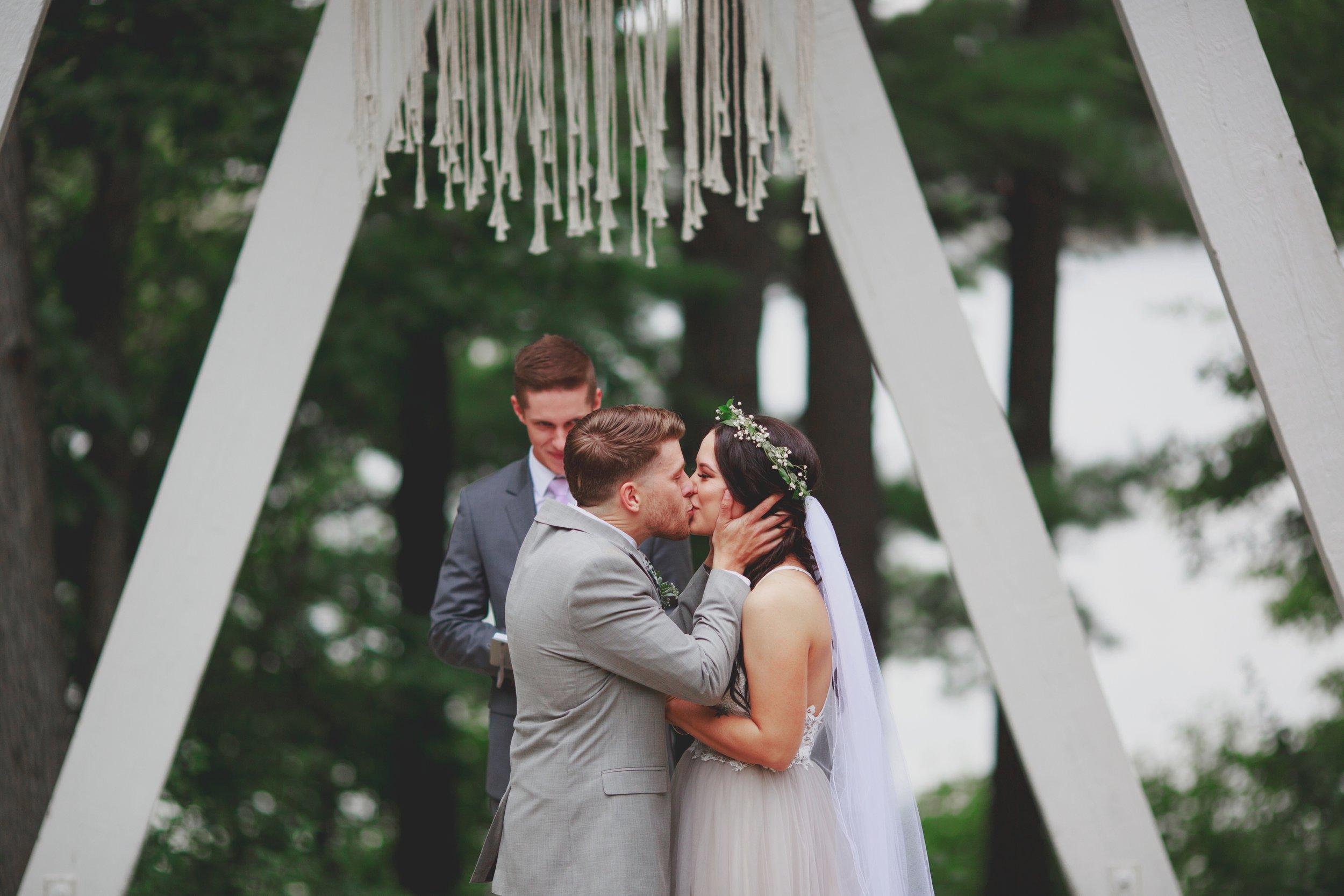 amanda_vanvels_michigan_camp_wedding_105.jpg