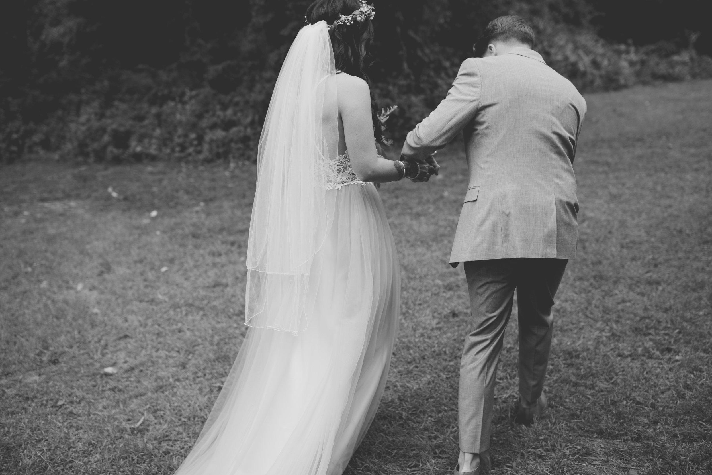 amanda_vanvels_michigan_camp_wedding_107.jpg