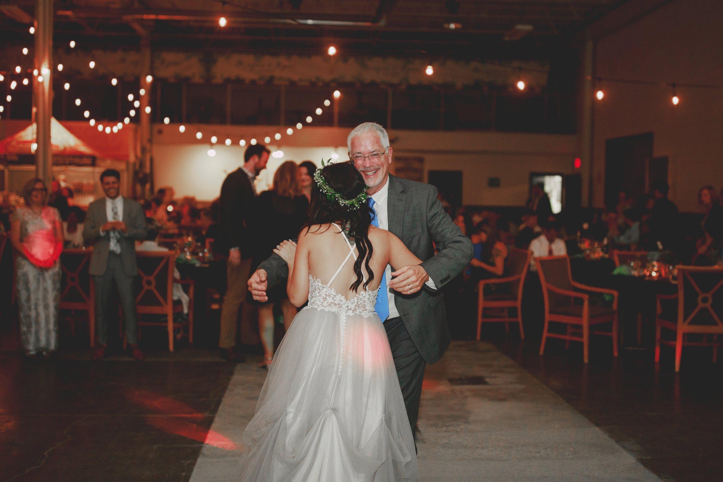 amanda_vanvels_michigan_camp_wedding_175.jpg