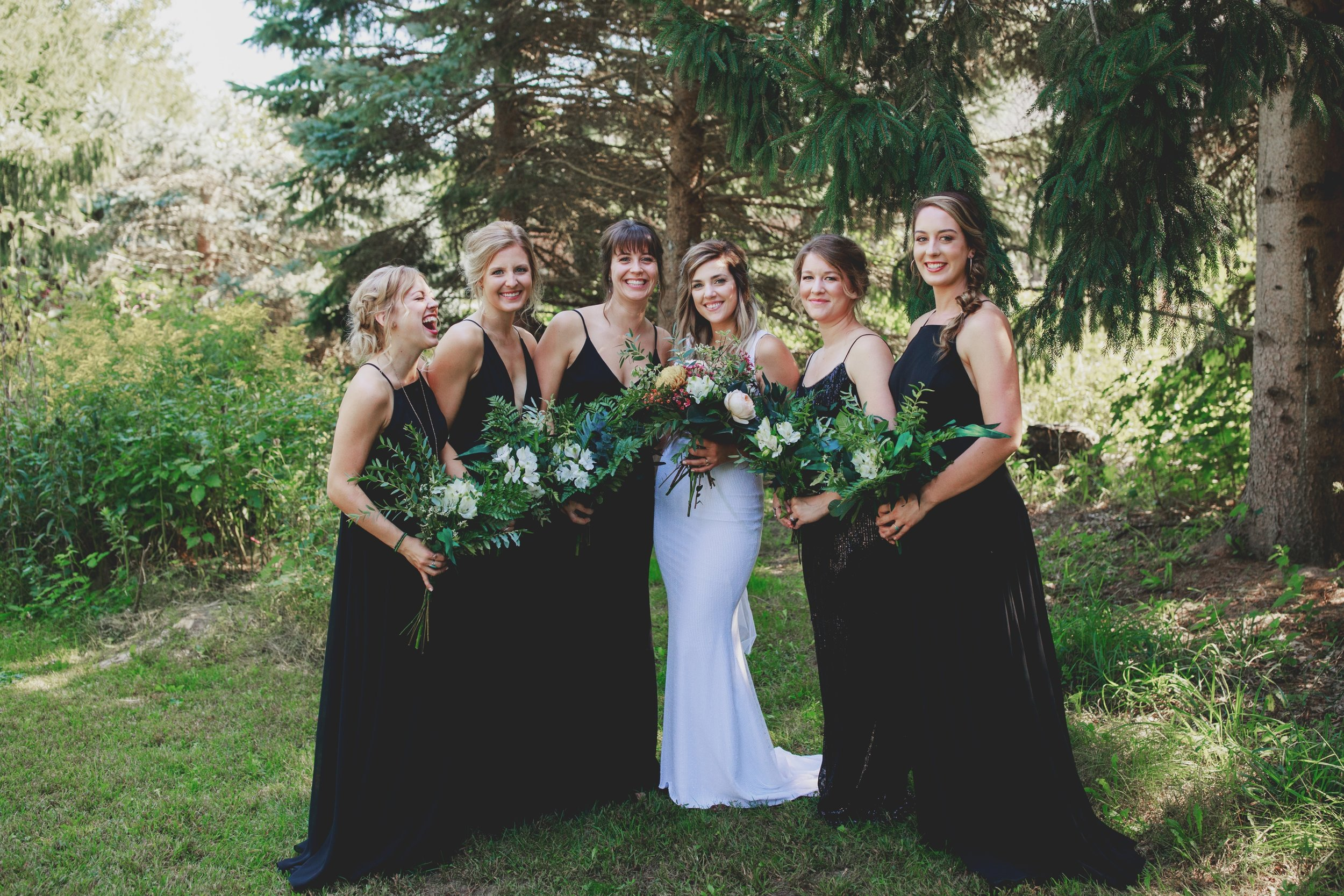 amanda_vanvels_grand_rapids_farm_barn_wedding_031.jpg