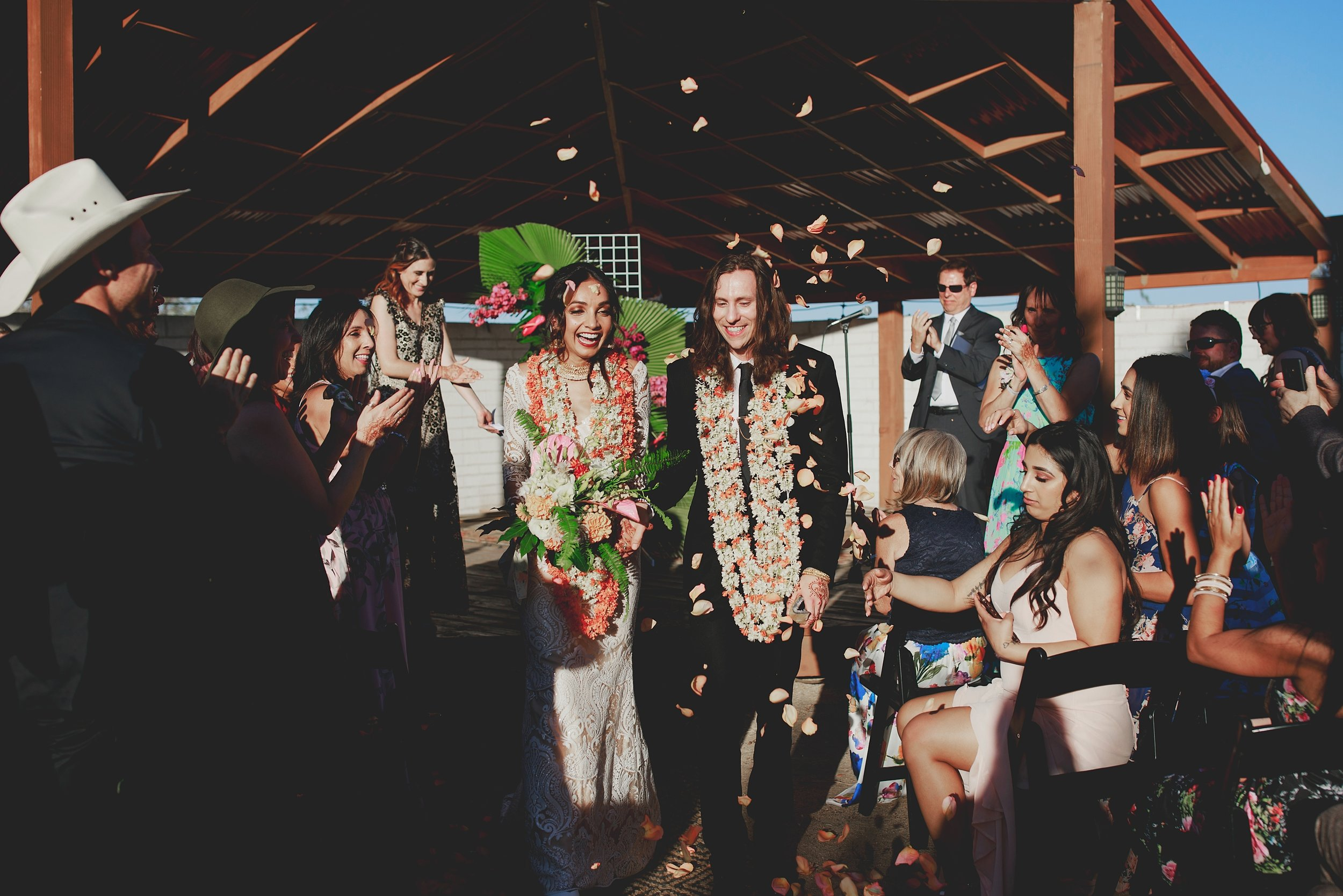 amanda_vanvels_joshua_tree_inn_wedding_093.jpg
