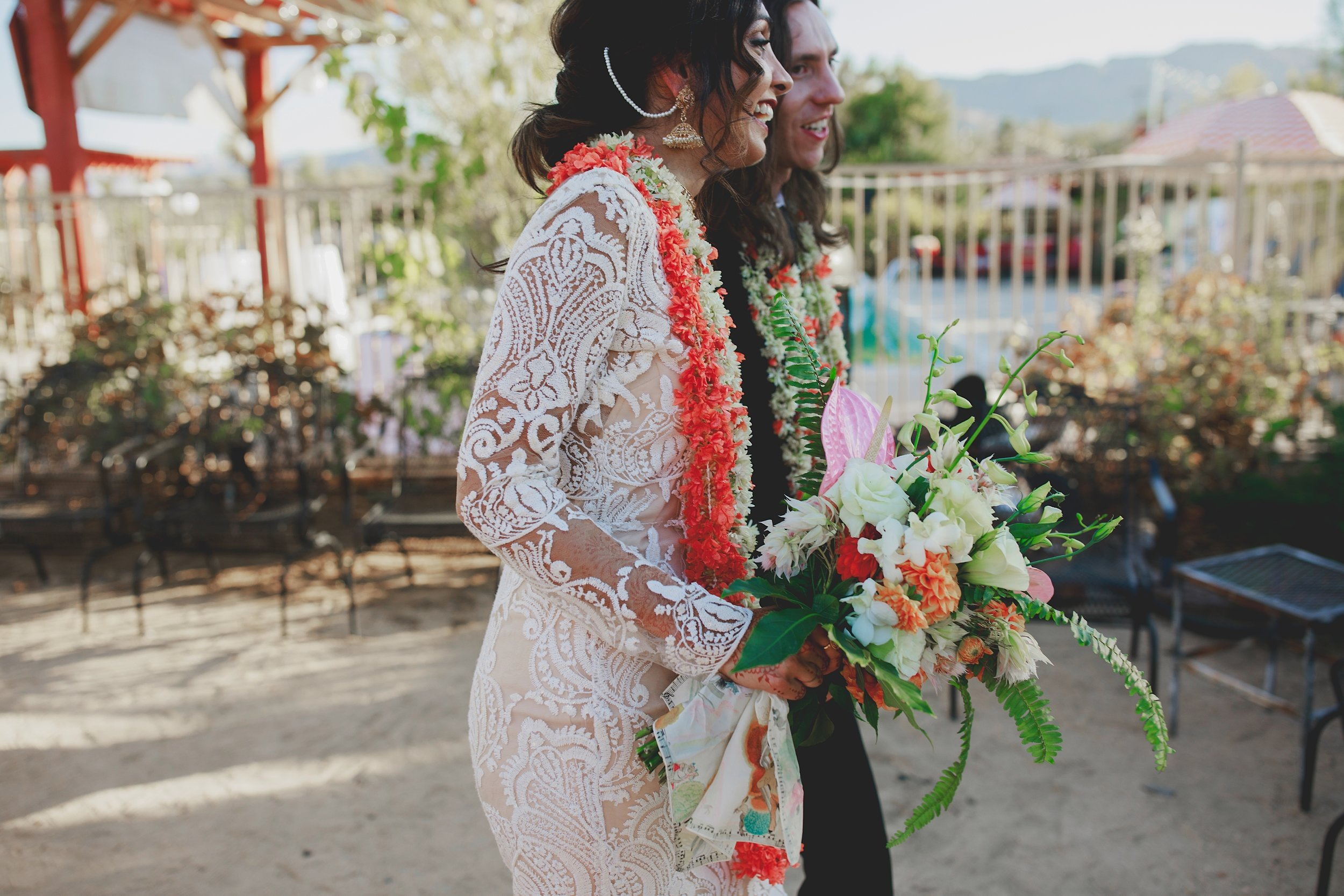 amanda_vanvels_joshua_tree_inn_wedding_096.jpg