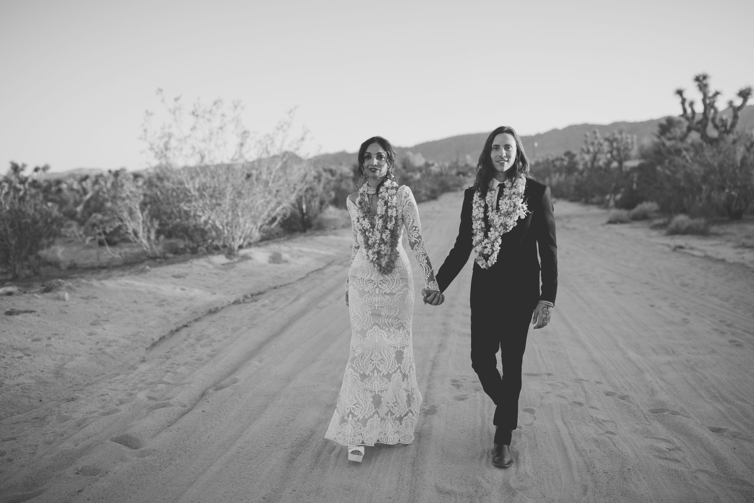 amanda_vanvels_joshua_tree_inn_wedding_128.jpg