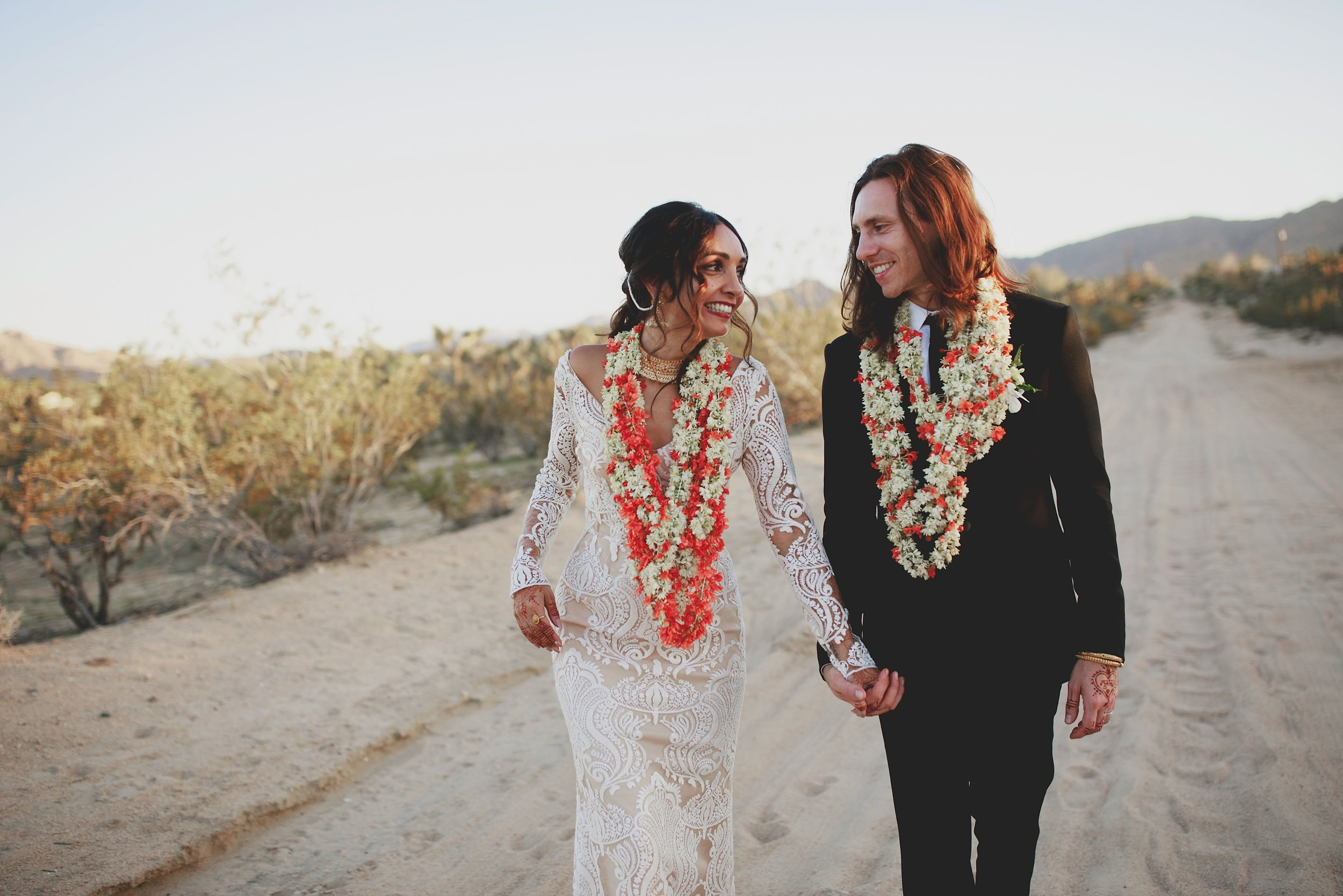 amanda_vanvels_joshua_tree_inn_wedding_130.jpg