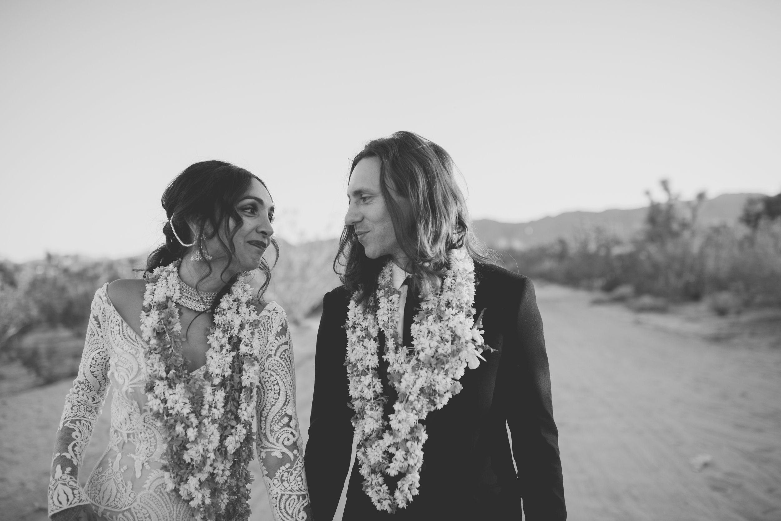 amanda_vanvels_joshua_tree_inn_wedding_131.jpg