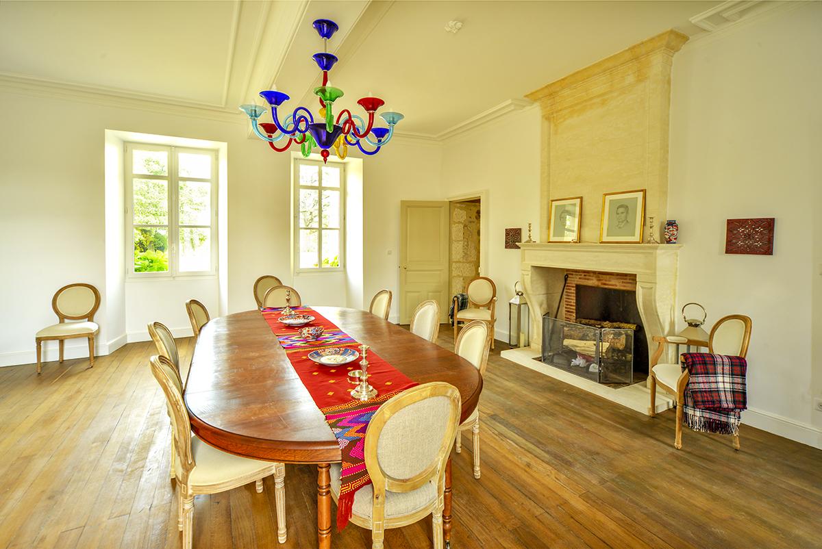 dining_room_0108.jpg