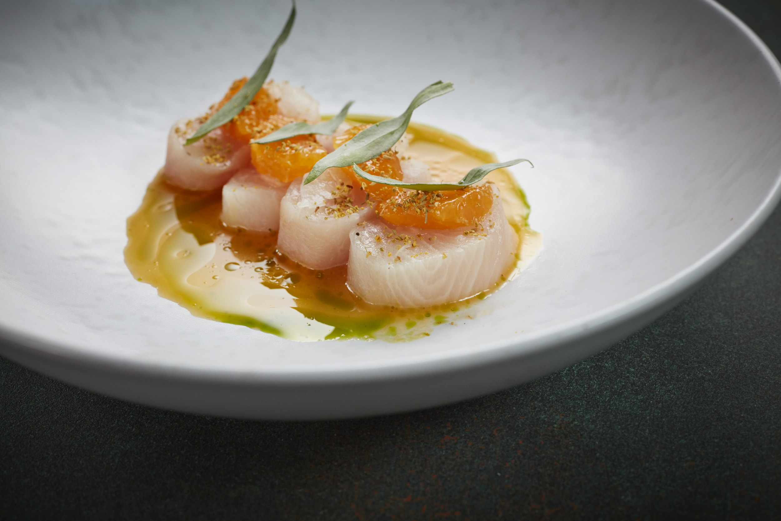 170404_MRestaurant_Kingfish_Sashimi_20-min.jpg