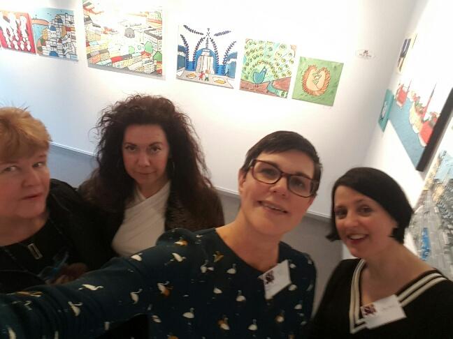 Dessa härliga damer:Kerstin Math och Pia Öberg, yours truly och Orsi Mild! Man kan inte annat än att ha otroligt roligt med dessa underbara kvinnor! Så mycket skratt!!