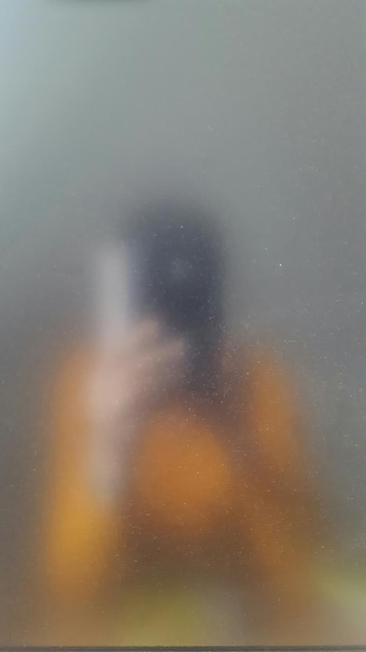 Leker med effekter när jag fotograferar mig själv...halvkul ;-)