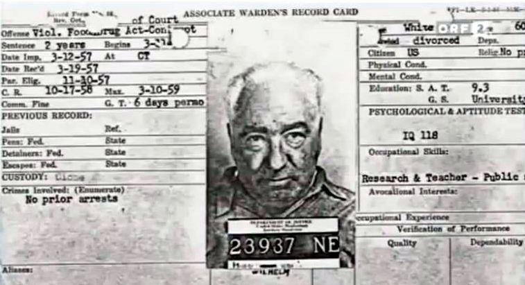 Associate_Warden's_Record_Card_for_Wilhelm_Reich.JPG