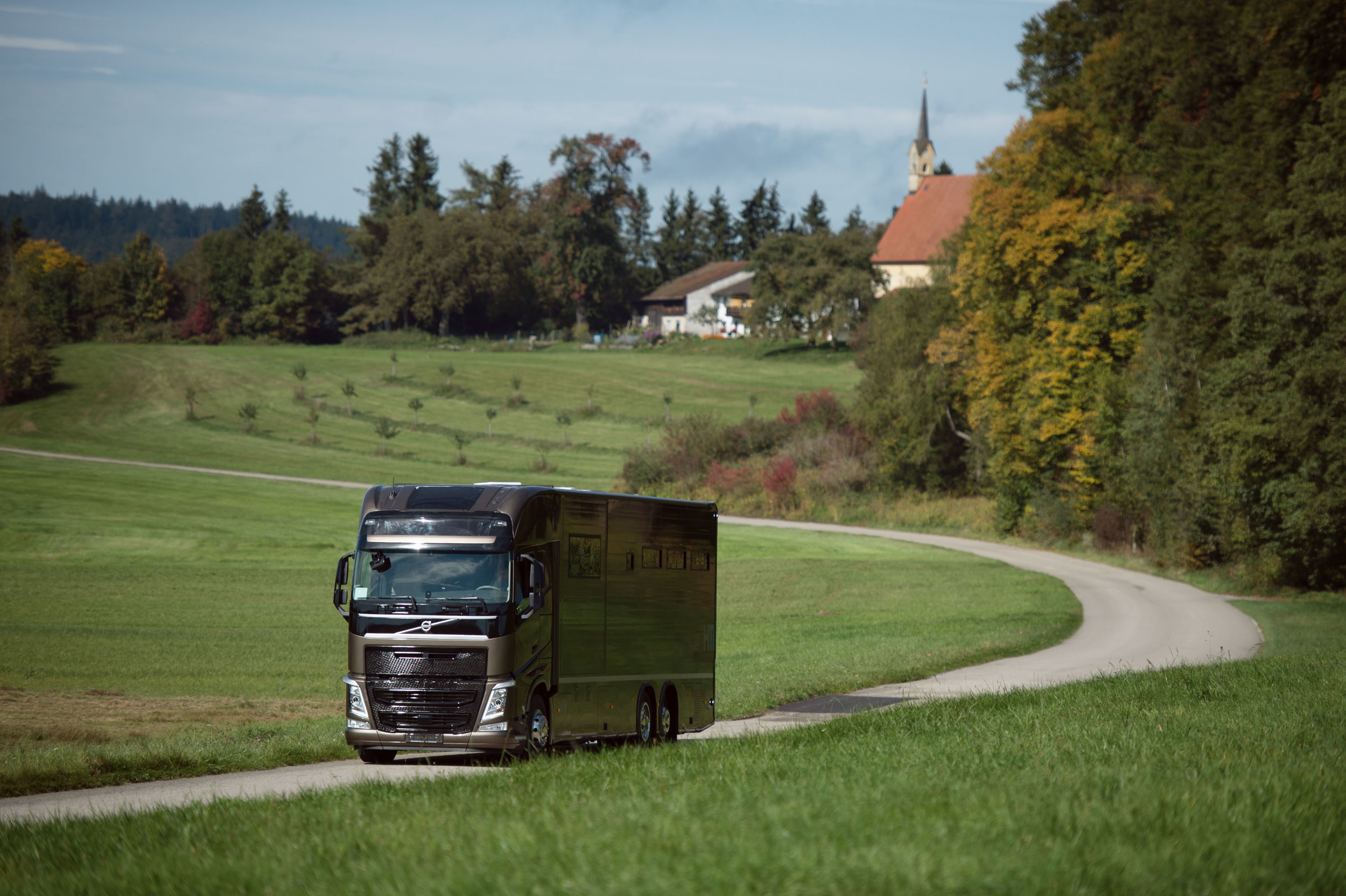 Horse Truck Pop out Volvo Aniko Towers Photo Oct17-162.jpg