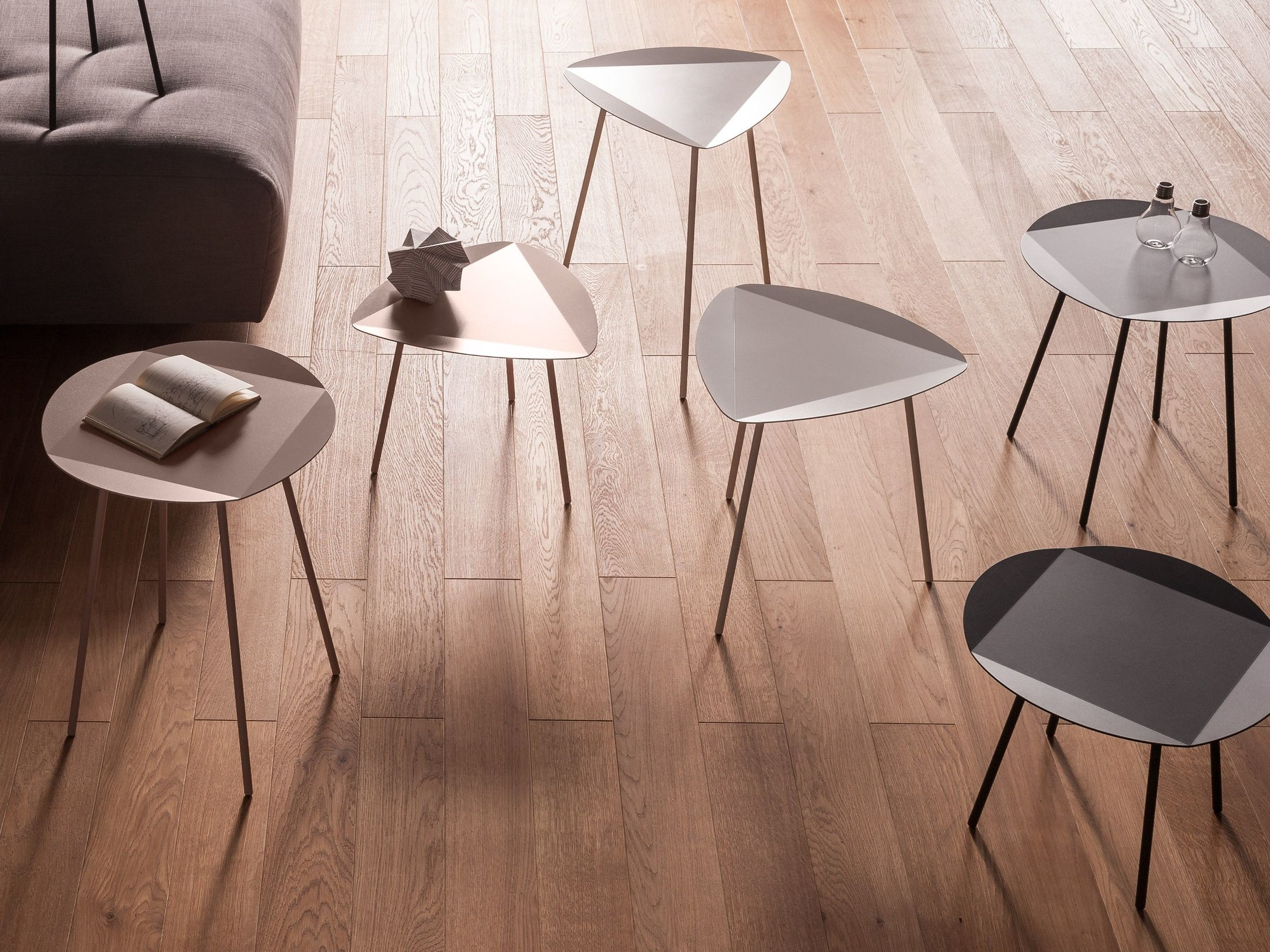 LEITO-Round-coffee-table-joval-238727-reld51d4760.jpg
