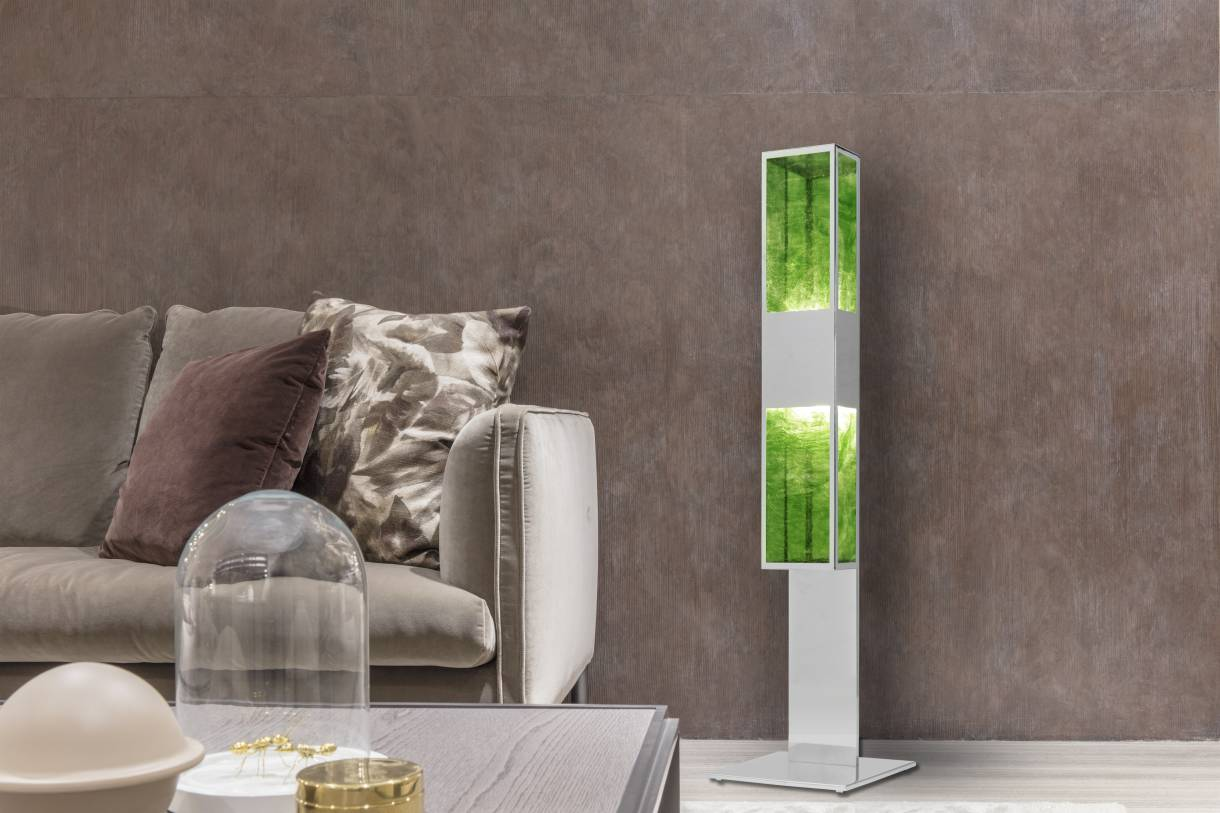 Eleda, floor lamp with golden highlights embracing the purity of light