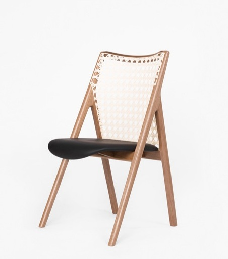 Tela chair, elegant structure and tropical feel, jequitibá wood and cotton weave, 51x50x80cm