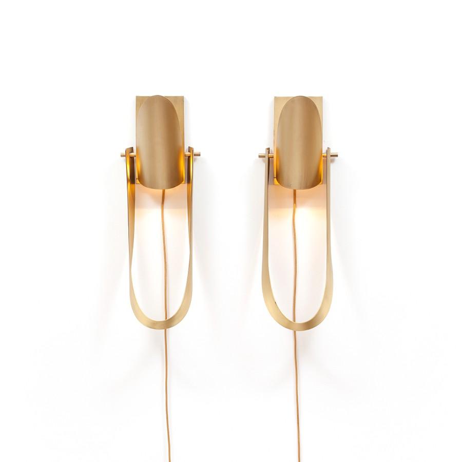 Arandela Alvorada wall light by Osvaldo Tenorio / Etel Design, in copper and brass