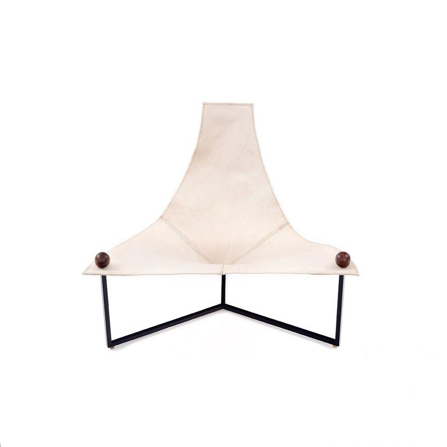Triangular armchair by Jorge Zalszupin / Etel Design, in iron
