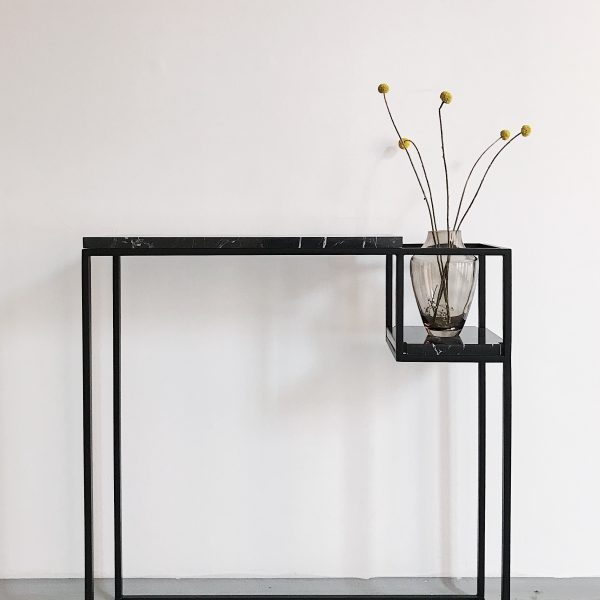 Hop Un'common console / marble and steel