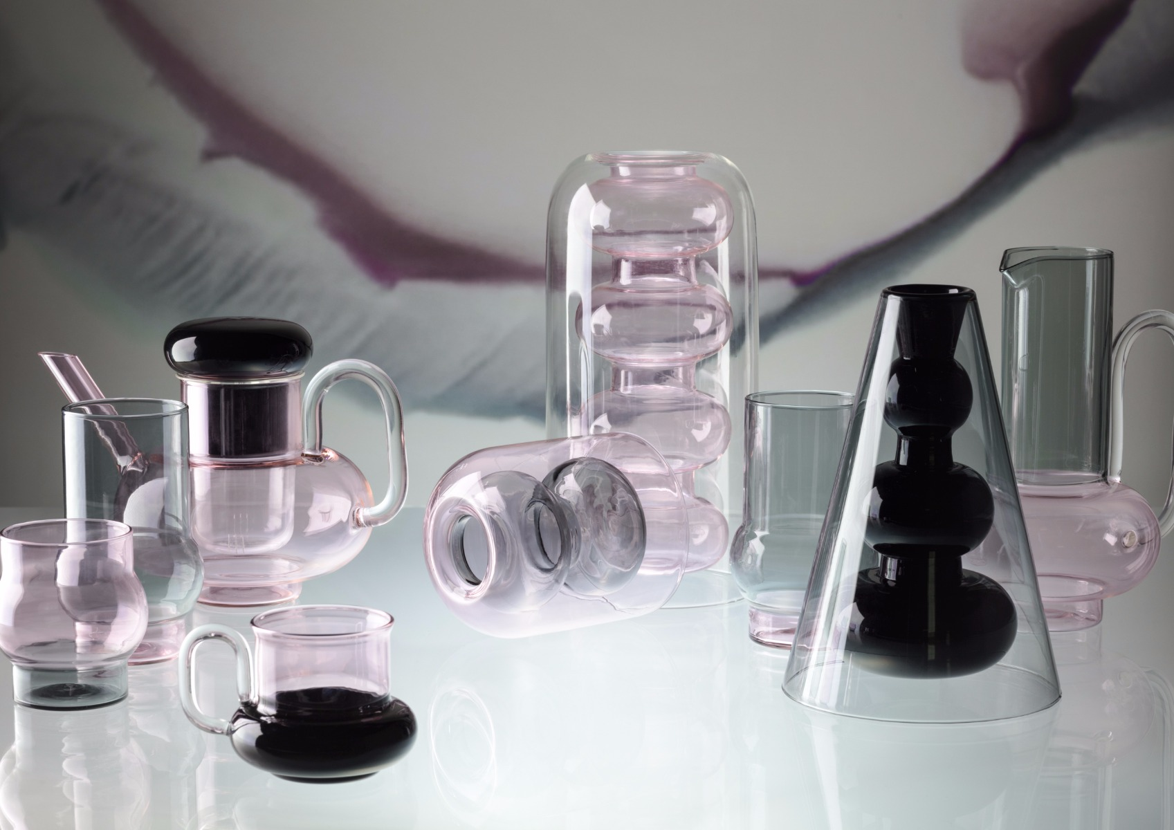 Crockery / Tom Dixon, glass decorative objects