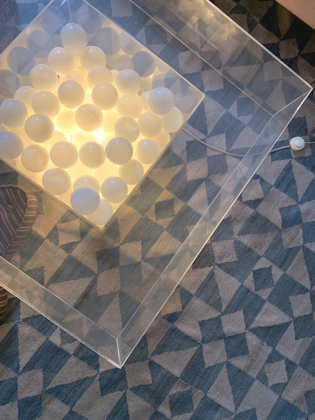 Sagu / Bianca Barbato, light installation