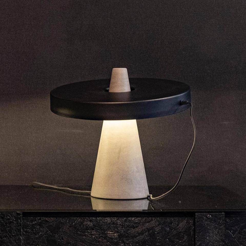 Ed039 table lamp / Edizioni design, new color combination