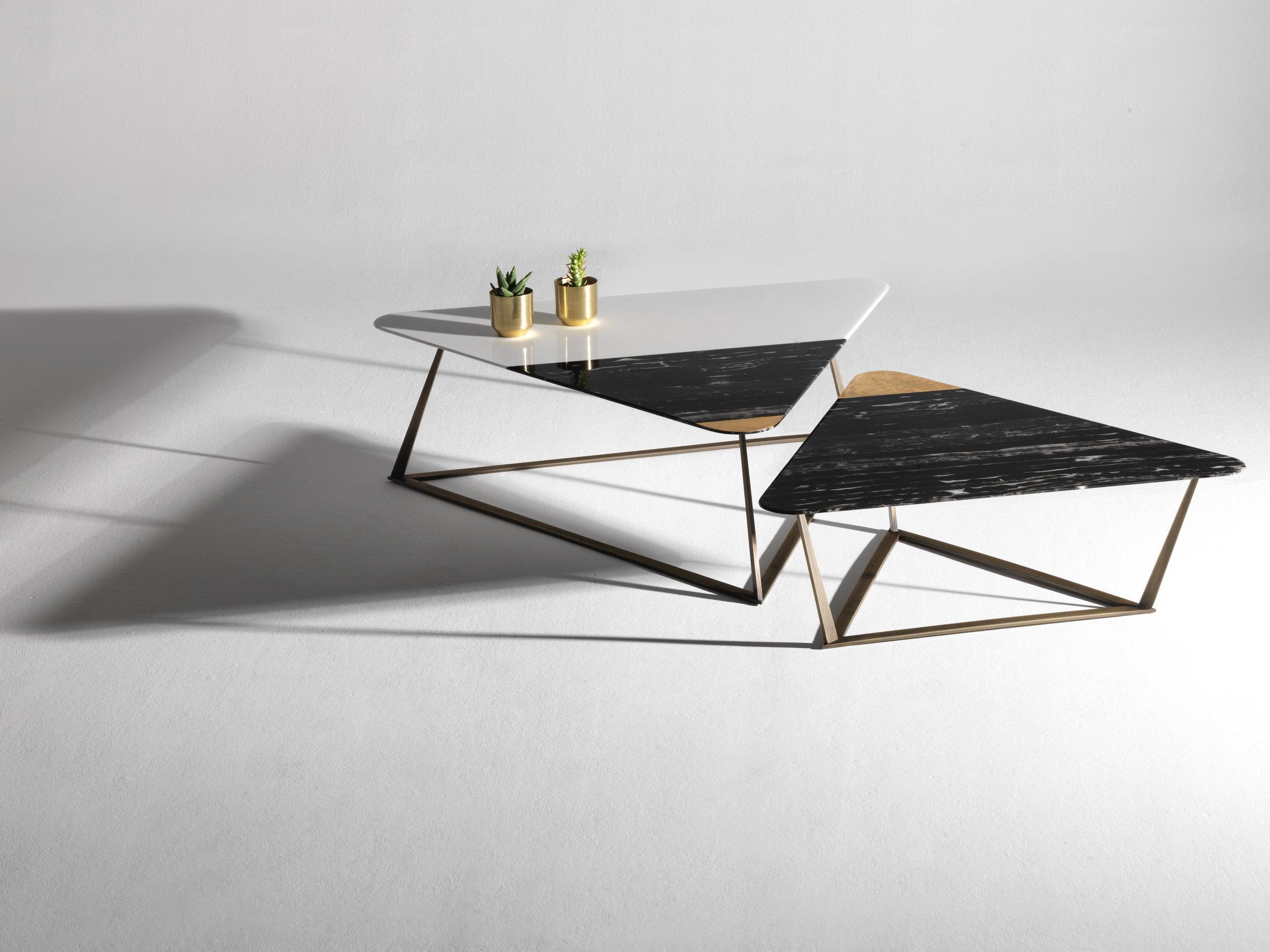 Coffee table Golden Archer / Design Alex Mint