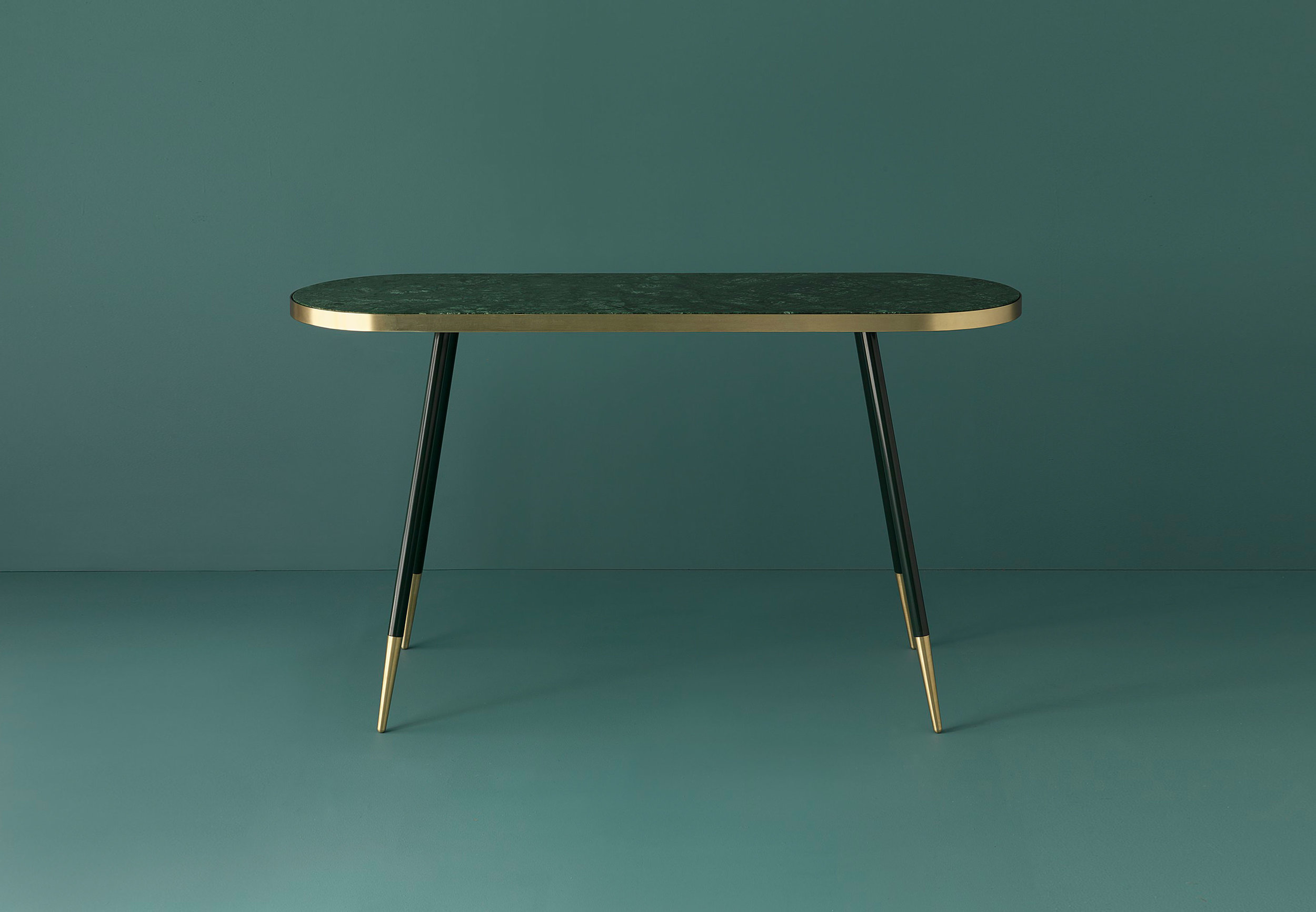 Band Console / Bethan Gray