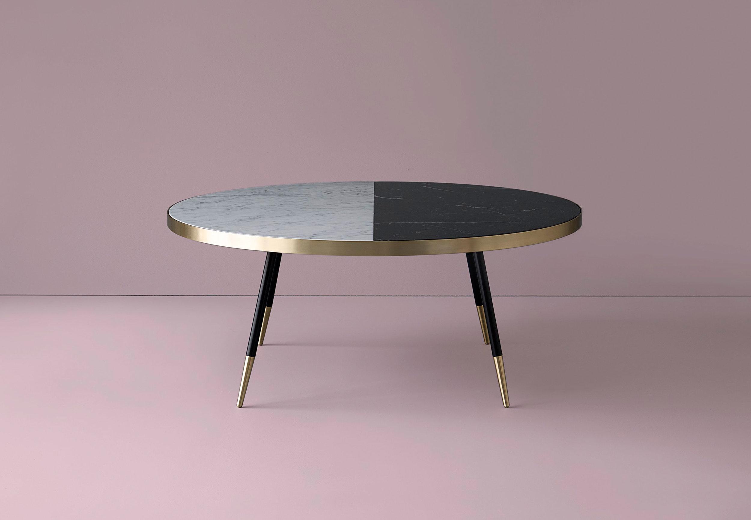 Band coffee table / Bethan Gray