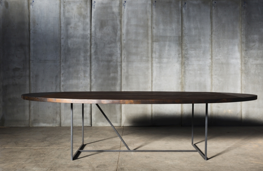 Mesa OV, table / Herrenhuis