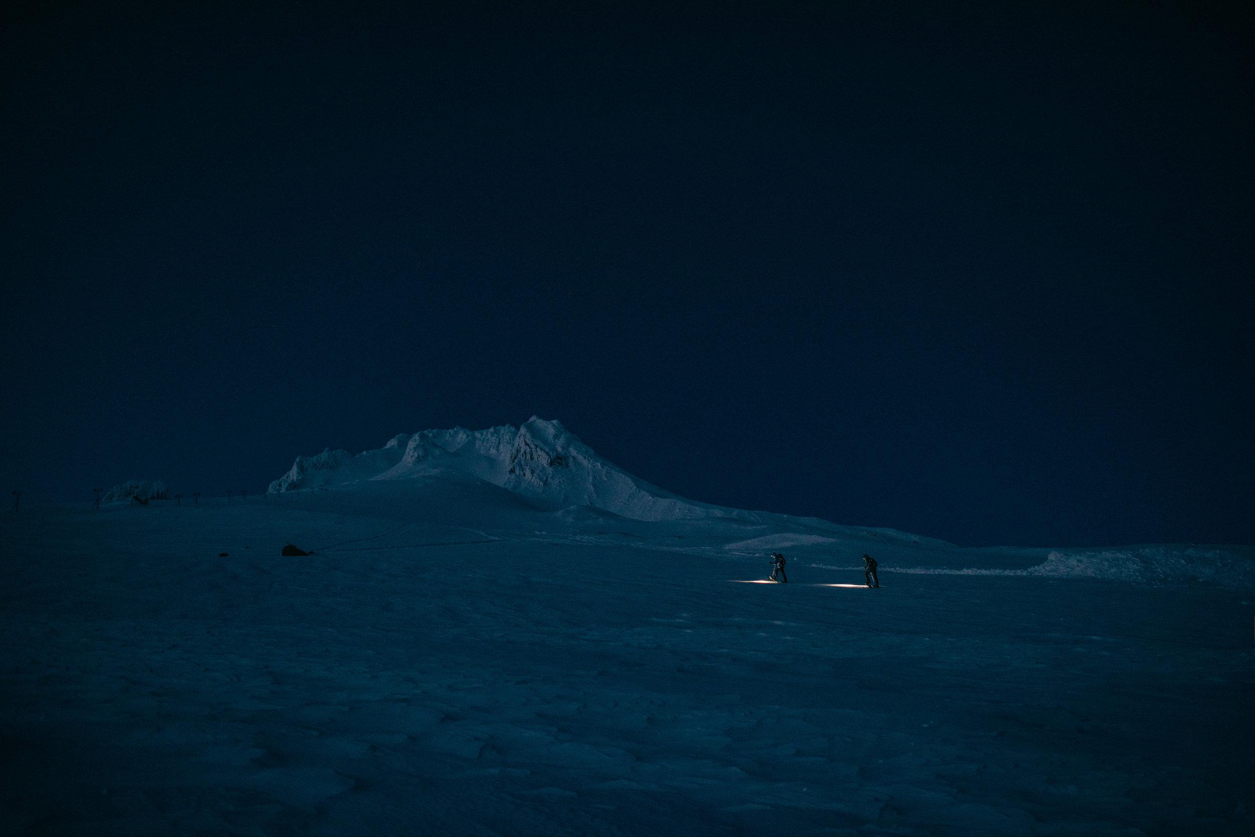 COLUMBIA SPORTSWEAR - X @TIMKEMPLE, MOUNT HOOD, OR