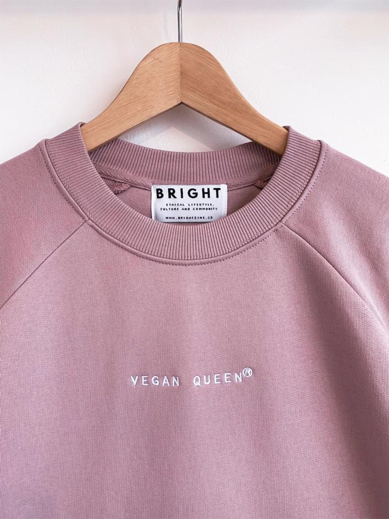 Vegan Queen Crewneck LILAC PINK-detail.jpeg