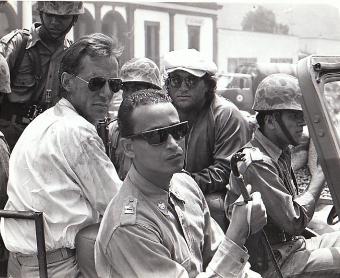 Salvador w/Juan Fernández, James Woods & Jimi Belushi