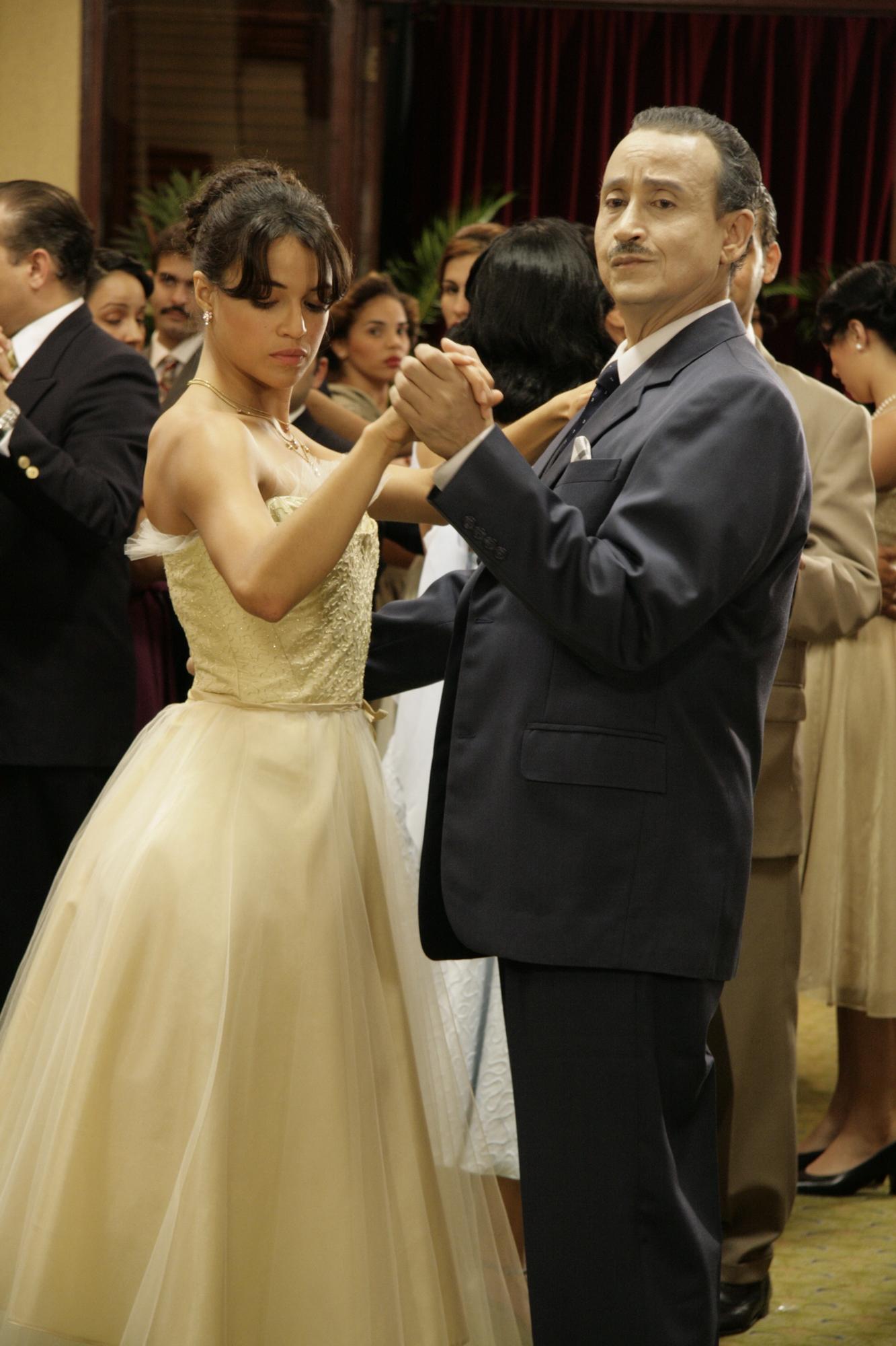 Tropico de Sangre - Michelle Rodriguez & Juan Fernández
