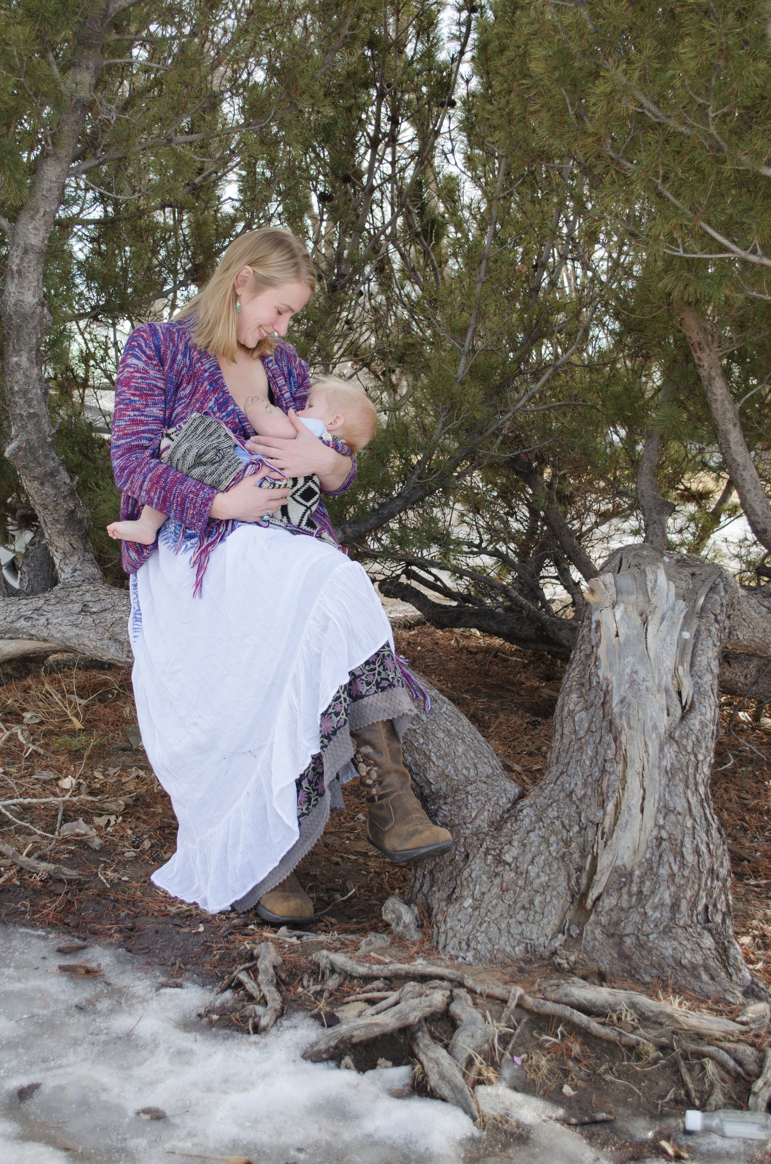 Breastfeeding in a park, perfect moment