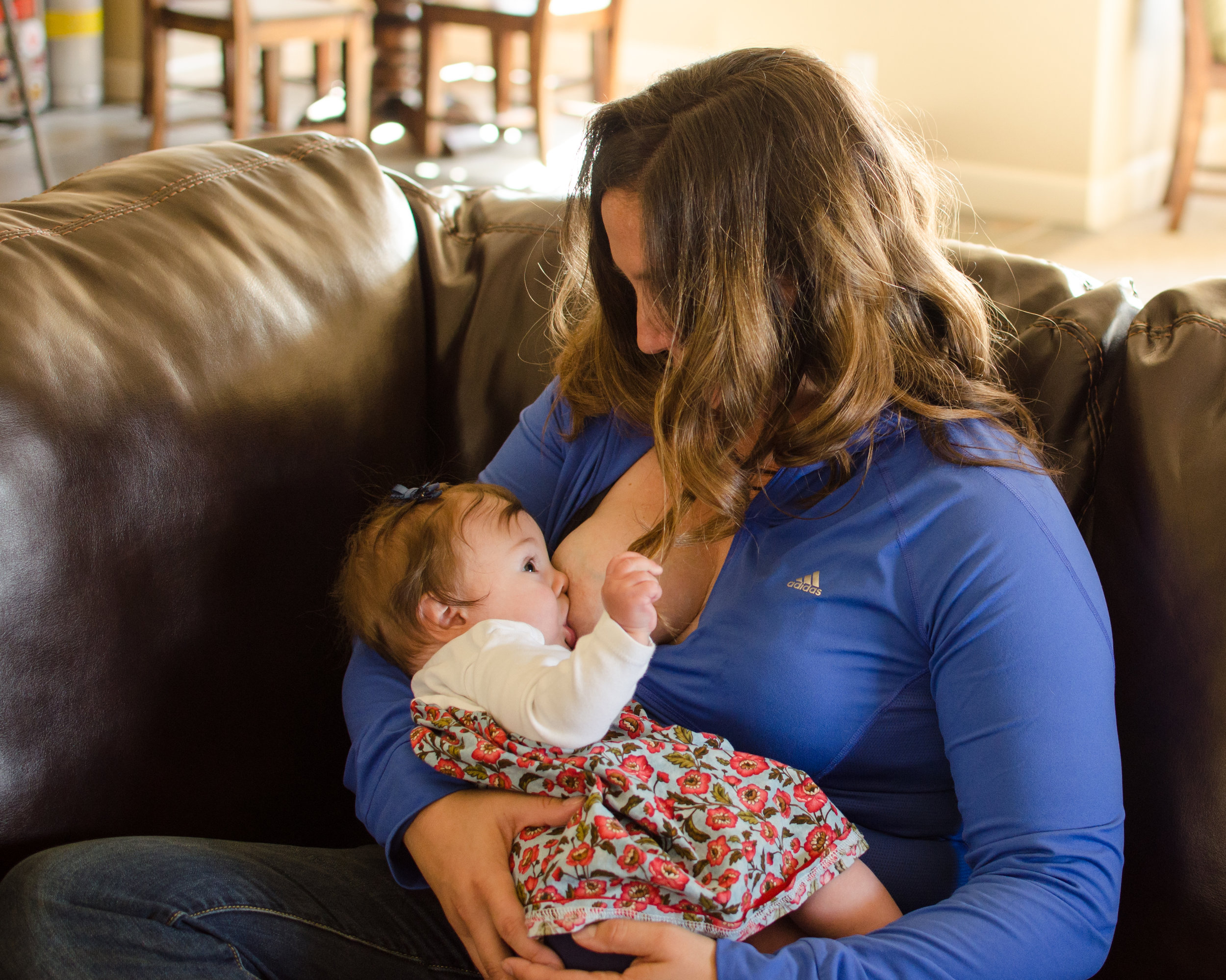 Breastfeeding at home, struggle, lifestyle