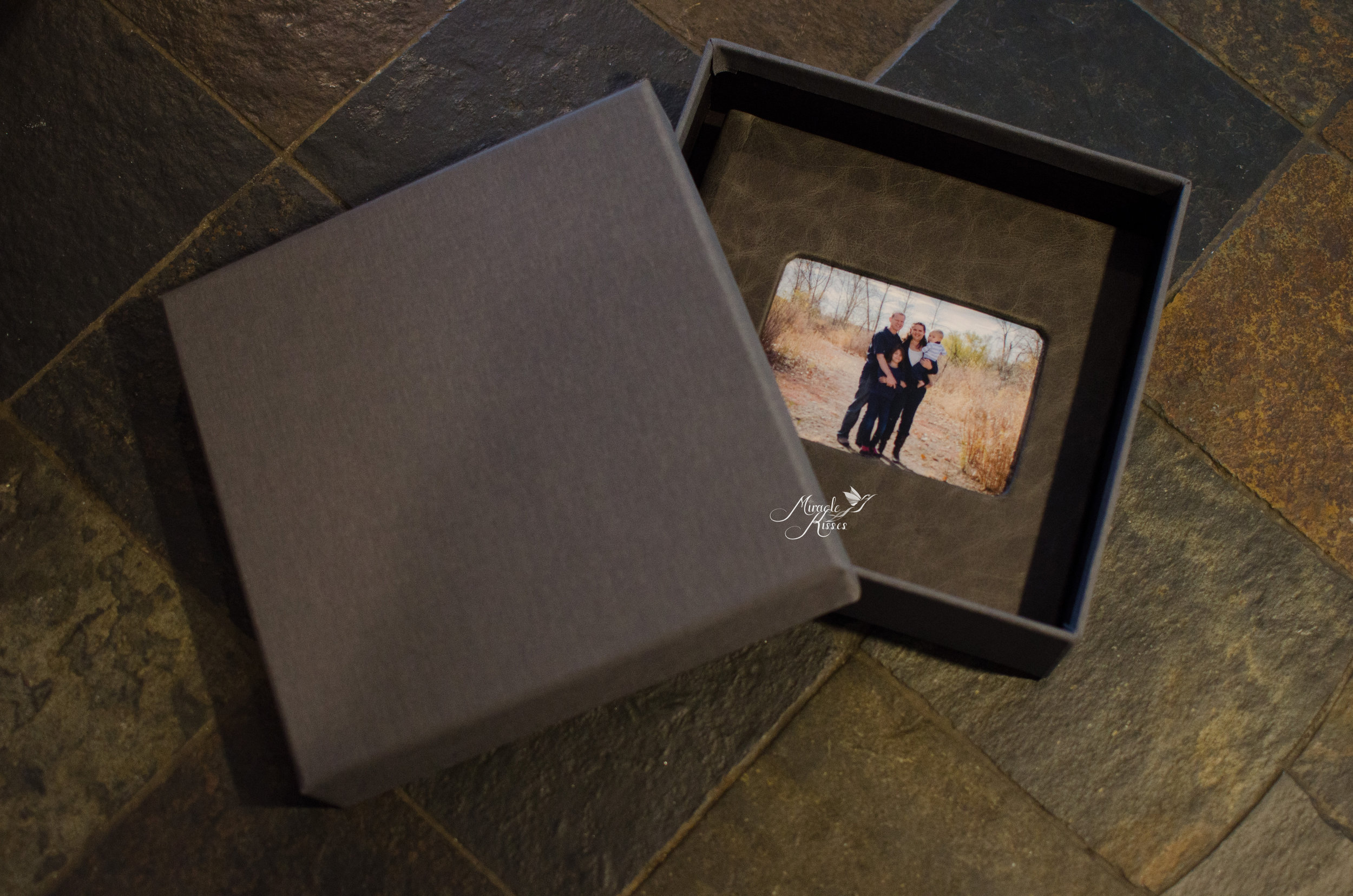 Heirloom photo album comes in beautiful grey box