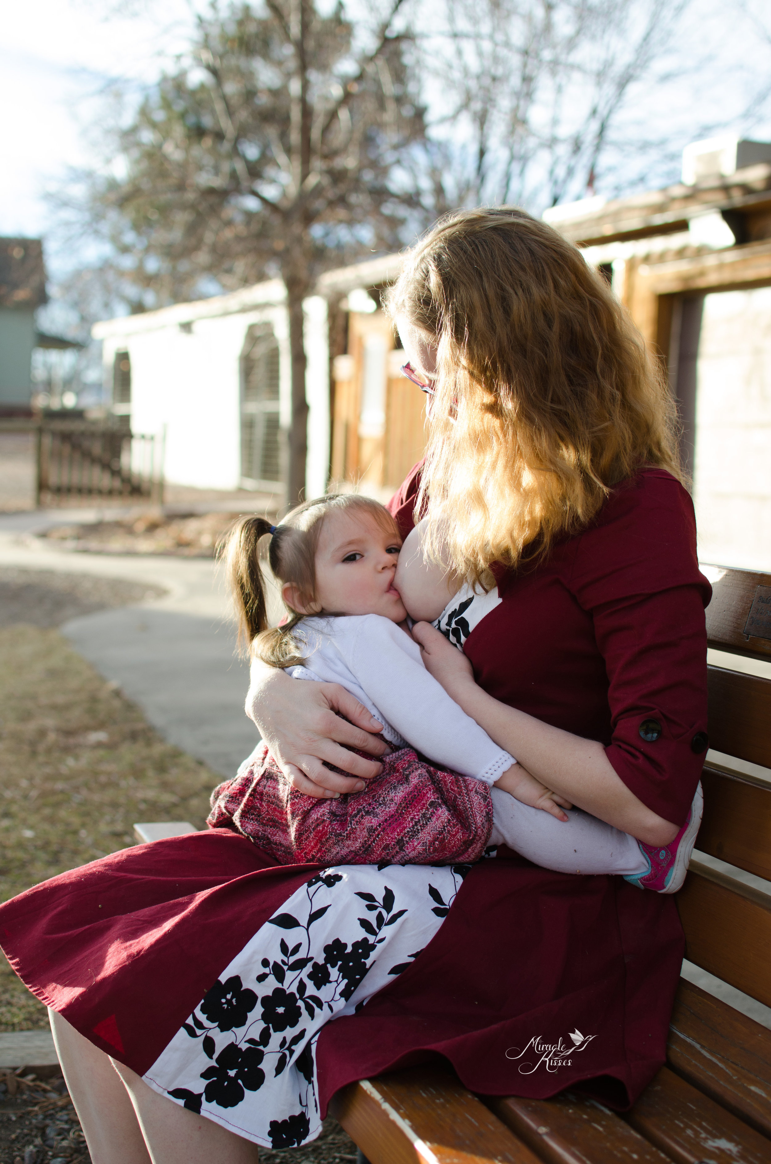world breastfeeding week, normalize breastfeeding, sit up nursing