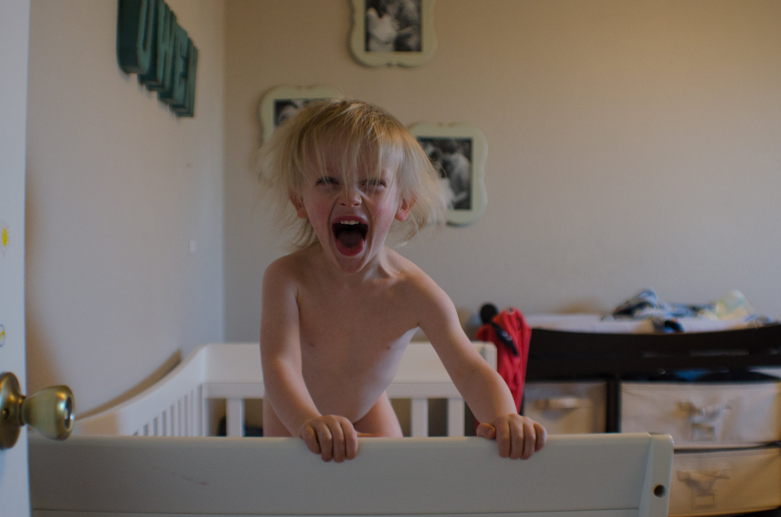 jump on the bed, crazy kids, colorado documentary photographer