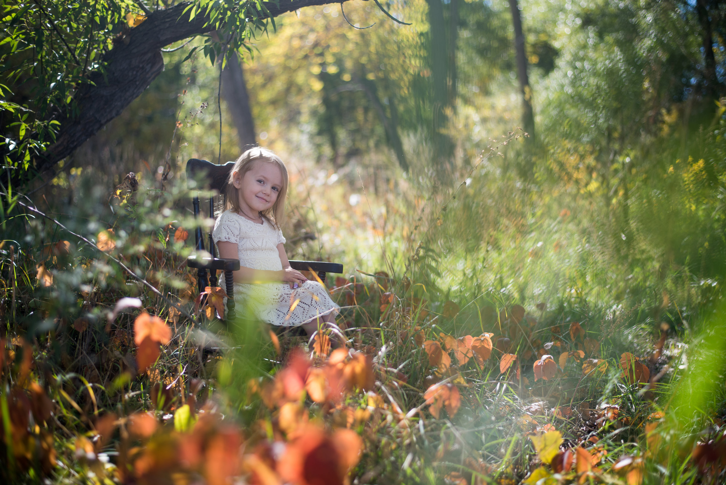 miracle kisses outdoor fall child photography