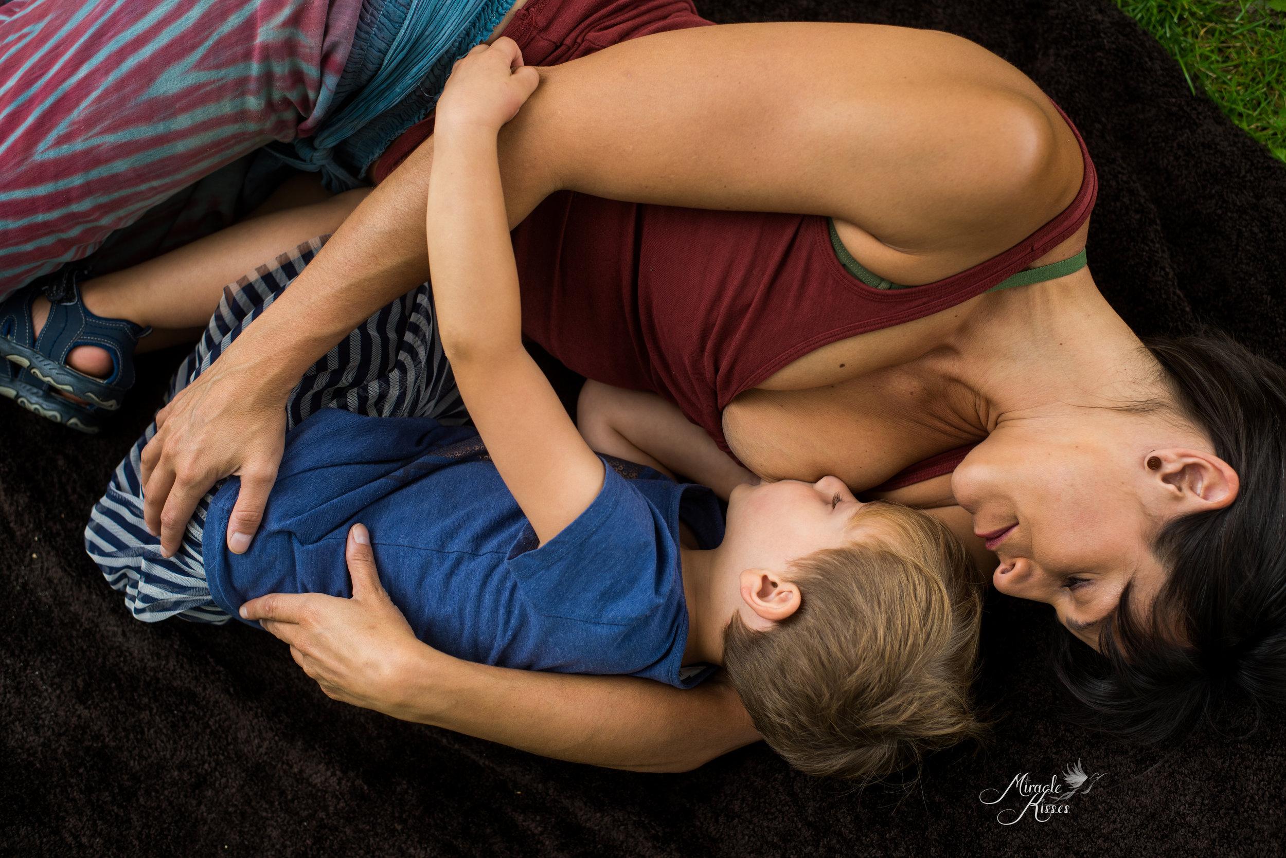 lay back nursing, colorado breastfeeding photographer