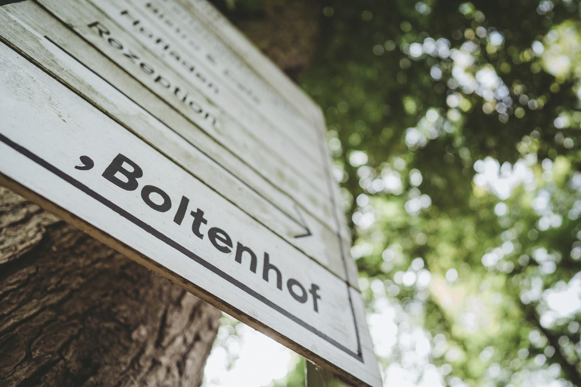 hochzeit_gut_boltenhof_001.jpg